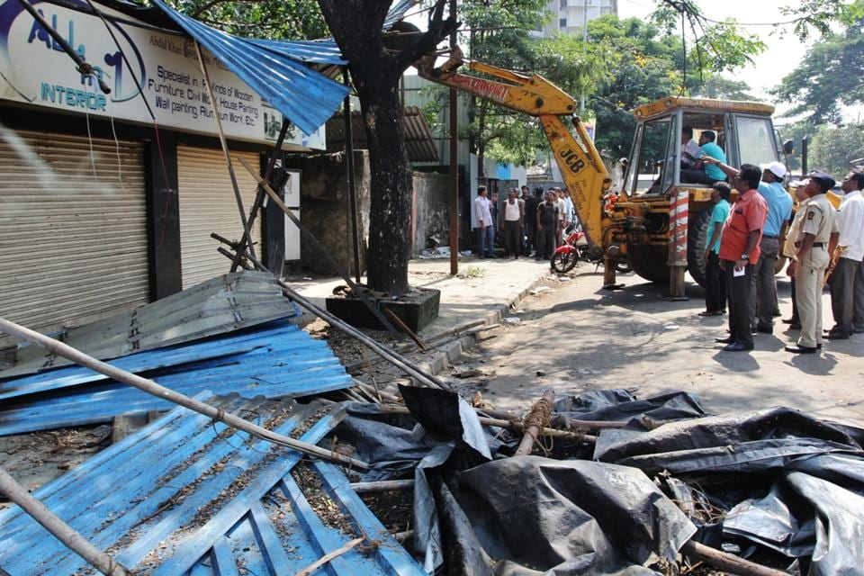 Thane civic chief Sanjeev Jaiswal has now restarted the drive from six roads including Noori Baba Durgah Road, Samata Nagar Roadno. 33, Road behind R Mall in Manpada and Mumbra amid a few other smaller roads