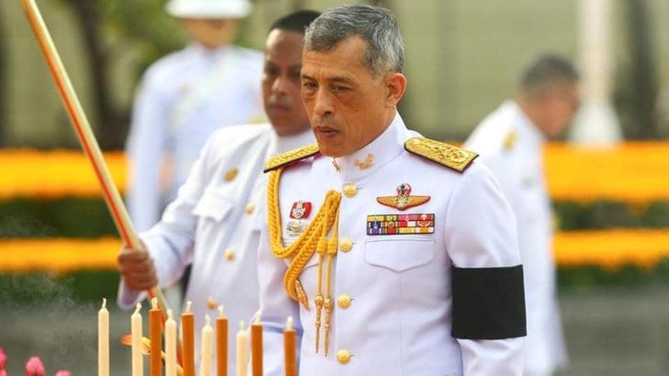 Thailand's King Maha Vajiralongkorn Bodindradebayavarangkun pays his respect to the monument of King Rama I after signing a new constitution in Bangkok.