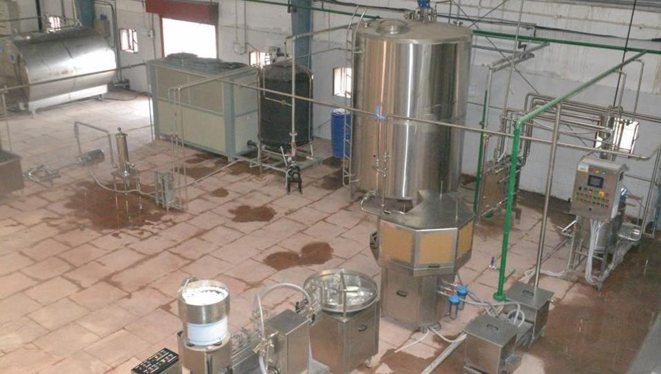 A 'neera' processing plant at Biharsharif.