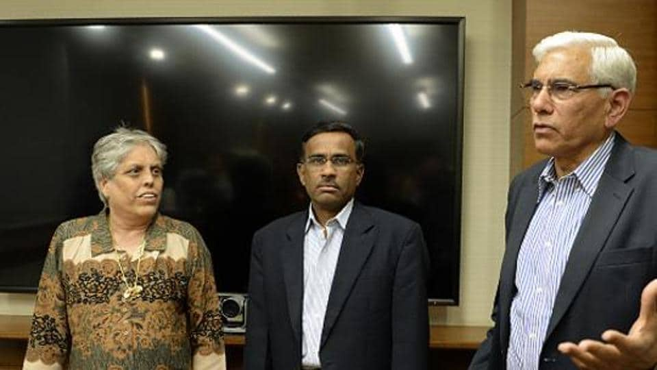 Chairman of BCCICommittee of Administrators (CoA), Vinod Rai (R) and members Diana Edulji (left) and Vikram Limaye. The CoA has asked the Supreme Court for clarity on whether to continue with the earlier Court order of stopping financial grants to the defiant state associations.