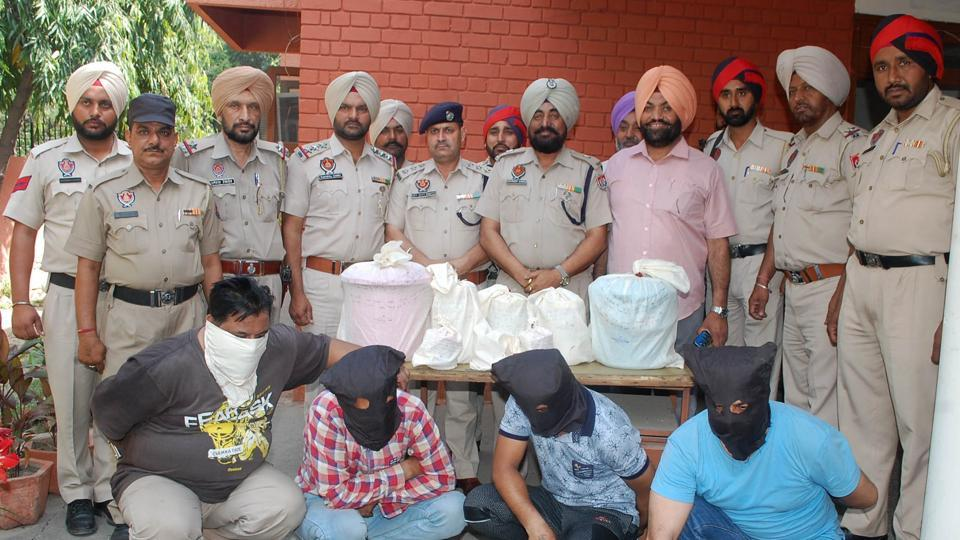 The accused was arrested while he was on his way to supply drugs on Friday evening. In two other cases, the Phagwara police arrested two persons with 600 intoxicant tablets at a 'naka'.
