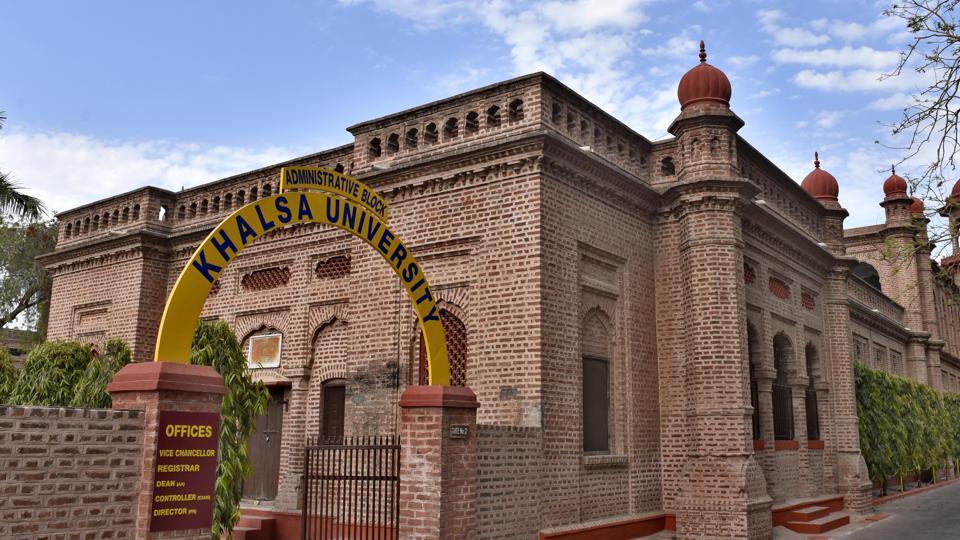 Vice-chancellor of amritsar-based  Khalsa University Dr SS Chahal resigned on Saturday.