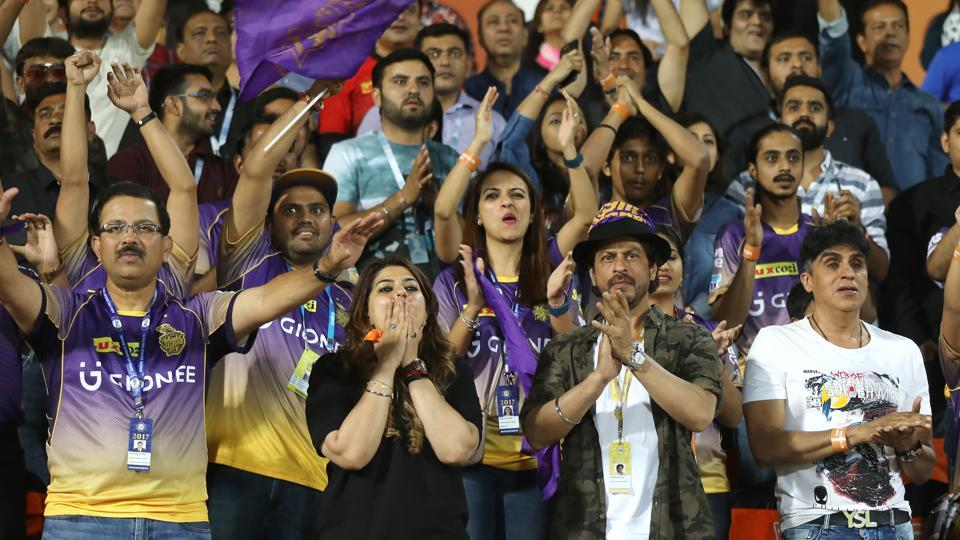 Shah Rukh Khan was accompanied by a large group of Kolkata Knight Riders supporters during the game. (BCCI)
