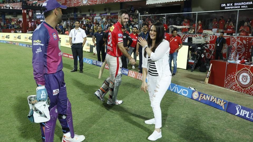 Rising Pune Supergiants' MS Dhoni and Kings XI Punjab captain Glenn Maxwell chat with Preity Zinta after the match in Indore on Saturday.  (bcci)