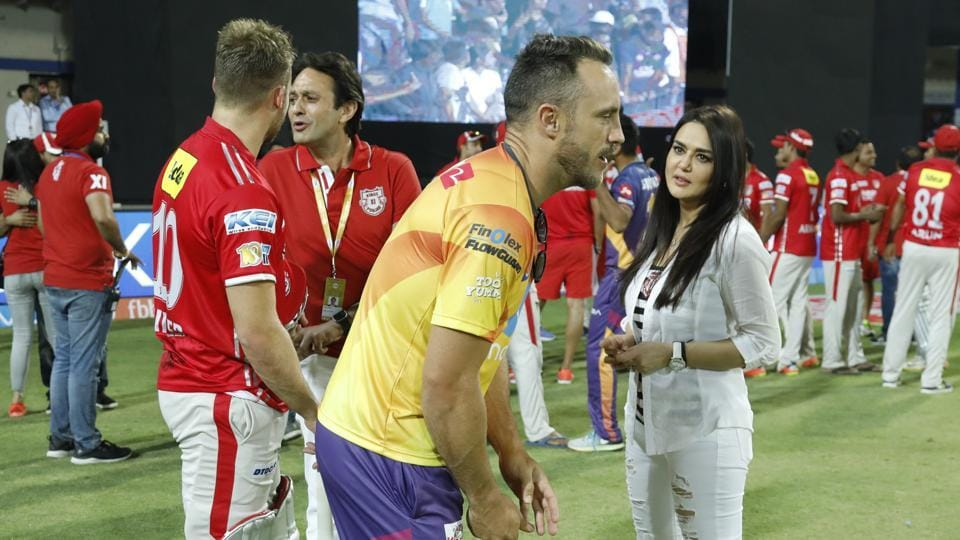 Ness Wadia and Preity Zinta, co-owners of Kings XI Punjab, speak to David Miller and Faf du Plessis after the match in Indore on Saturday.  (bcci)