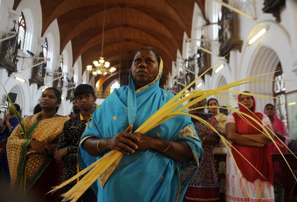 Indian Christian worshippers take part in a Palm Sunday Mass in Chennai on April 9, 2017. Palm Sunday marks the sixth and last Sunday of Lent and the beginning of Holy Week.  (ARUN SANKAR / AFP)