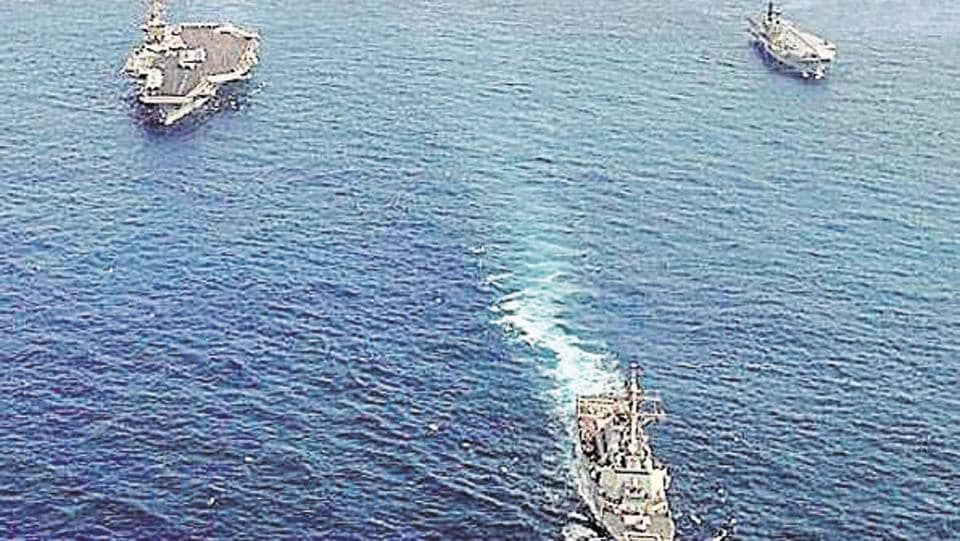 Indian Navy,Gulf of Aden,Bulk carrier attacked by pirates
