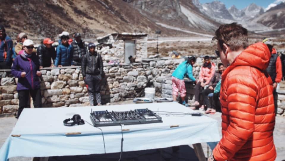 DJ,British,Mount Everest