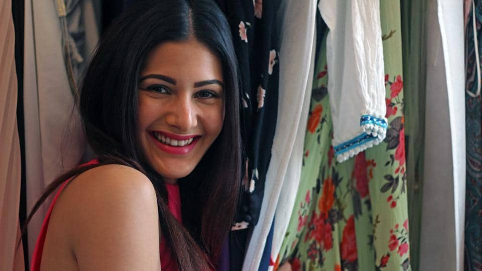 Amyra believes in overdressing. In fact, she feels a little nervous if she is underdressed, she says. But she likes being experimental with her looks. (Satyabrata Tripathy/HT Photo)