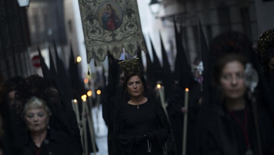 Women wearing the traditional mantilla from