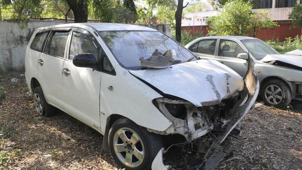 Two killed,three injured,drunk driving