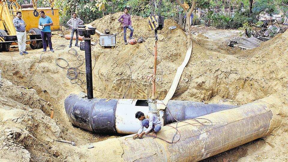 water crisis,Rajiv Chowk,underpass