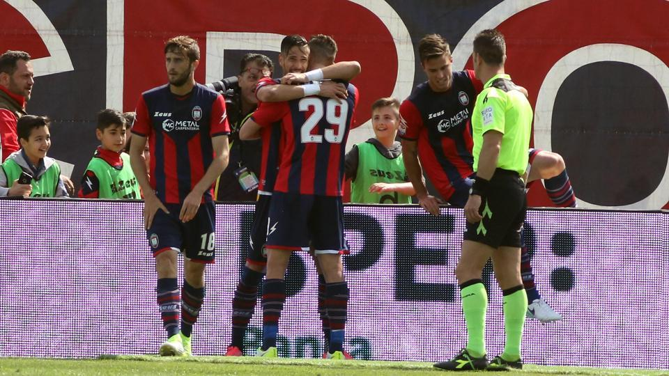 Crotone's players celebrate after their second goal, during the Serie A against Inter Milan, at the Ezio Scida stadium in Crotone, Italy.