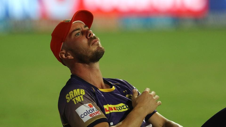 KKR suffered a blow when Chris Lynn went off the field with an injured shoulder. (BCCI)