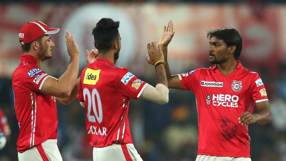 Sandeep Sharma and Varun Aaron continued to restrict RCB. (BCCI)