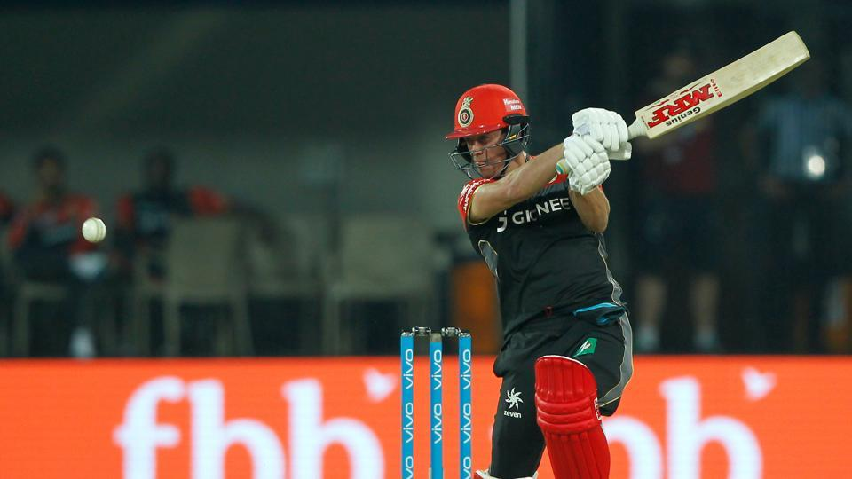 AB de Villiers held firm as RCB eyed a good total. (BCCI)
