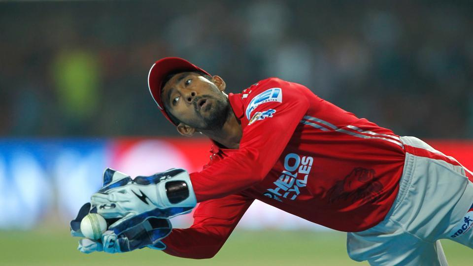 Wriddhiman Saha  took a great catch to dismiss Mandeep Singh as KXIP loked to restrict RCB to a low score. (BCCI)
