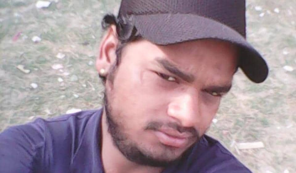 Raju (24) was allegedly stabbed by five drunk men in outer Delhi when he was returning home on Sunday night.