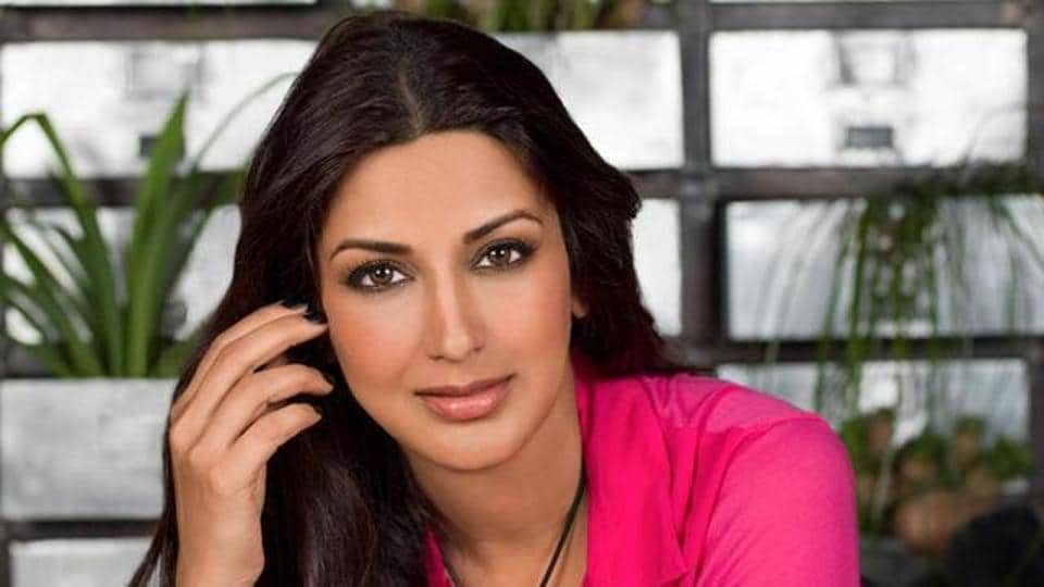 Rajasthan Police recovered a stolen car which was registered in Sonali Bendre's name.