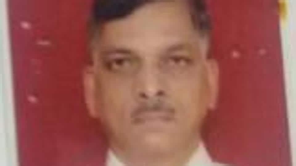 Charkop,banker,Ahmednagar