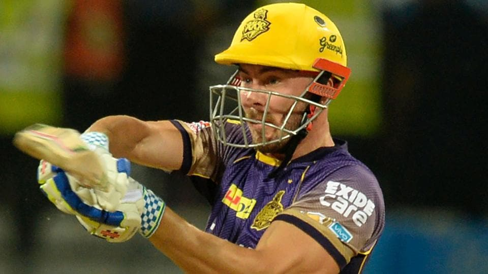 Kolkata Knight Riders batsman Chris Lynn suffered a shoulder injury during their IPL 2017 match against Mumbai Indians.