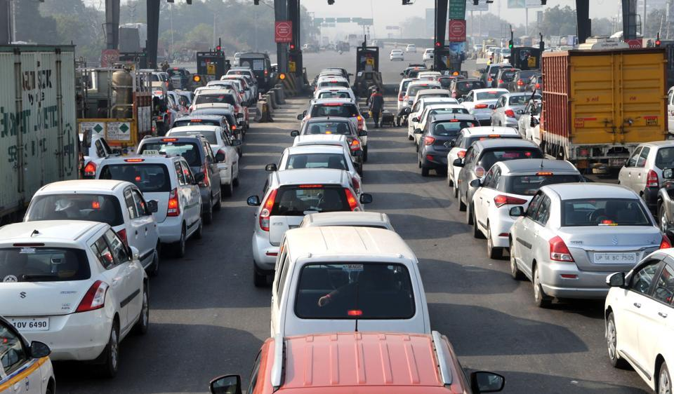 Passenger vehicles up 9.96% in March, car sales grow 8.17%
