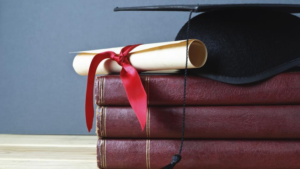 Pakistan man,Fake diploma,Degree fraud