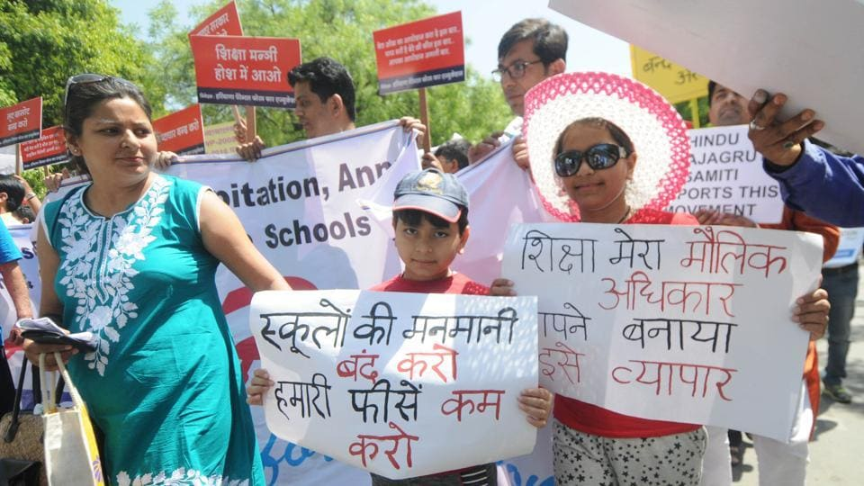 Children , parents and members of Haryana parents forum for education protesting against fee hike in private schools in New Delhi .