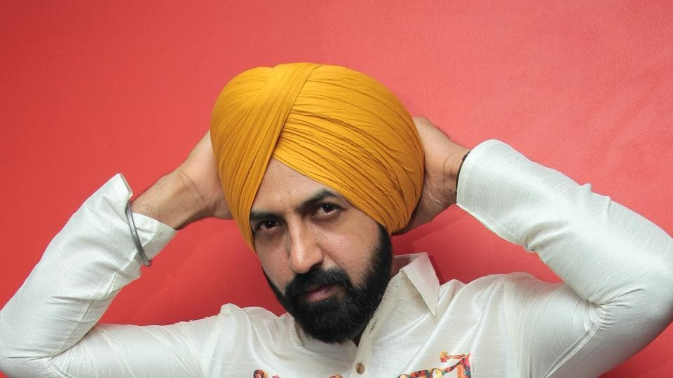 Singer actor Gippy Grewal feels that more Punjabi films should get released on long weekends.