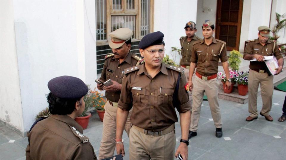 Undertrials,Parole,Uttar Pradesh police