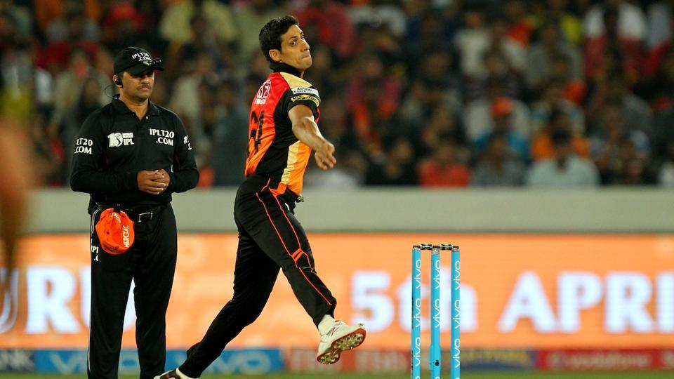 Ashish Nehra bowls for Sunrisers Hyderabad during the opening match of the 2017 edition of Indian Premier League (IPL) against Royal Challengers Bangalore.