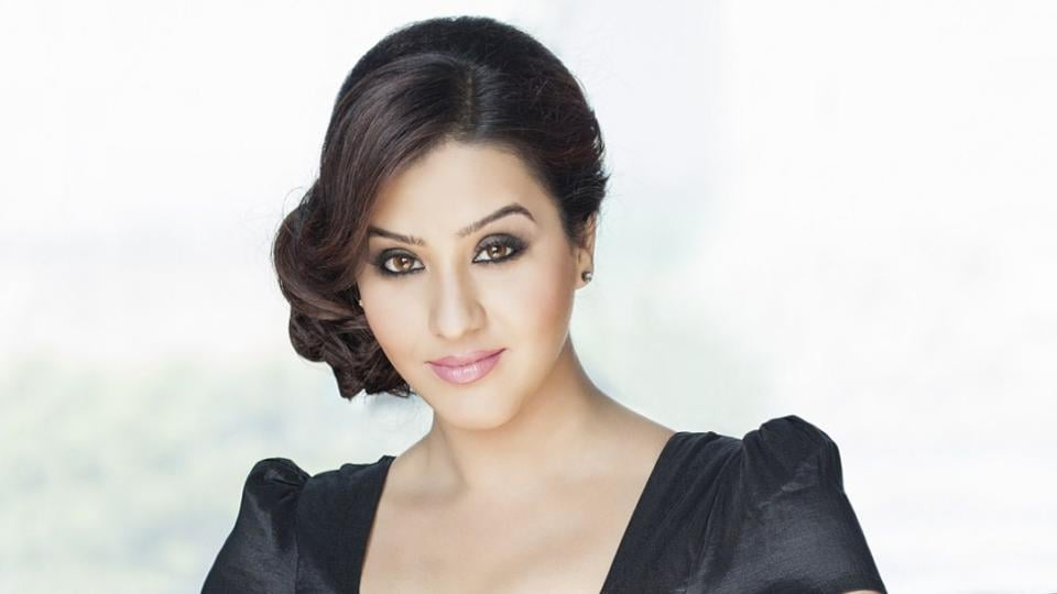 Shilpa Shinde says she had a lot of things going on and is dealing with it in her own way.