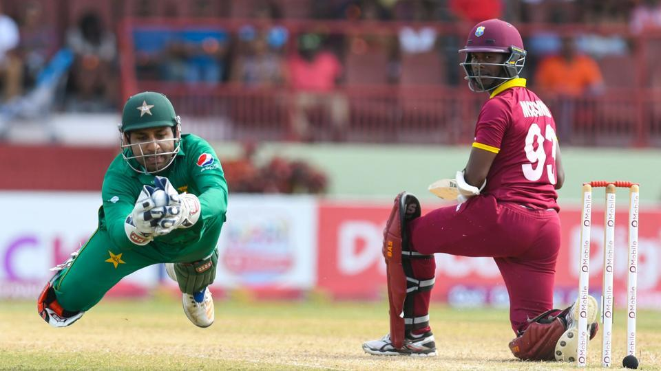 Sarfraz Ahmed (left) of Pakistan catching Jason Mohammed of the West Indies during the 2nd ODI match between West Indies and Pakistan at Guyana National Stadium, Providence, on April 9, 2017. Get full cricket score of West Indies vs Pakistan here