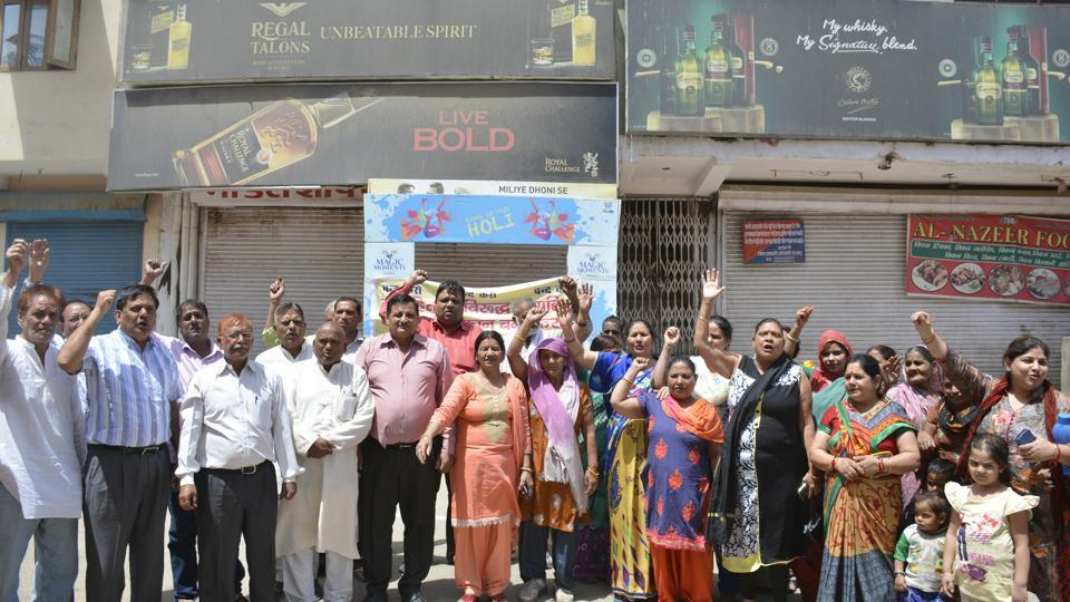People raise protests to demand the shifting of liquor outlets from residential zones at Ghaziabad in Uttar Pradesh. Similar movements were also witnessed in Madhya Pradesh.