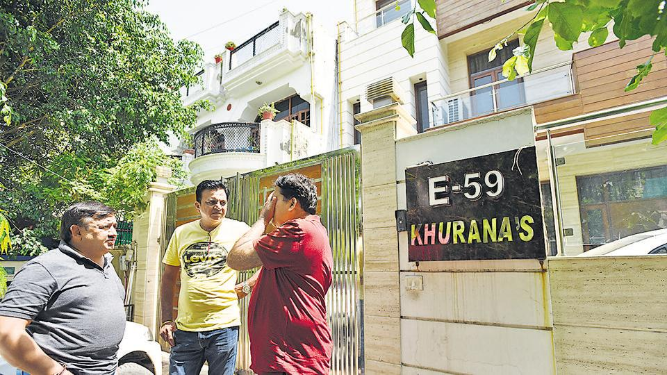 Neighbours said that they came to know of the incident when Khurana's two daughters-in-law — Ashima and Kanika — rushed out of the house with their daughters.