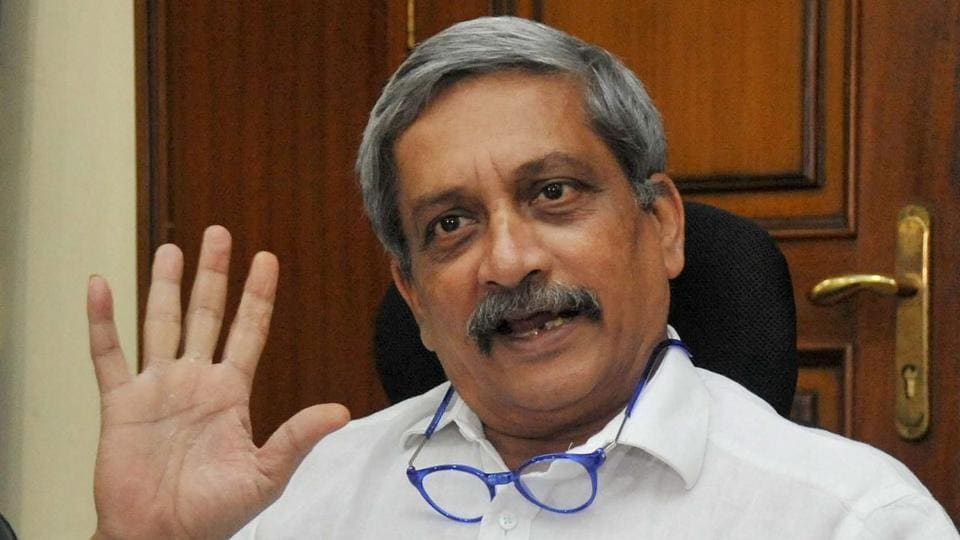 Goa chief minister Manohar Parrikar addressing a press conference to brief about the liquor vending issue in Panaji. He said that there is no controversy about holding parties after 10 pm as there is a legal ban.
