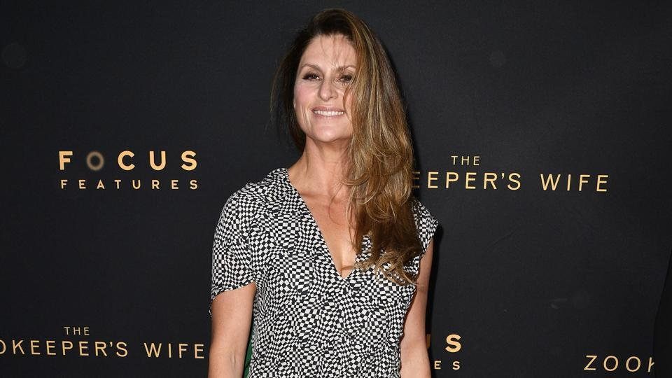 Director Niki Caro said she is appalled to look at the abysmal number of female directors in the field.