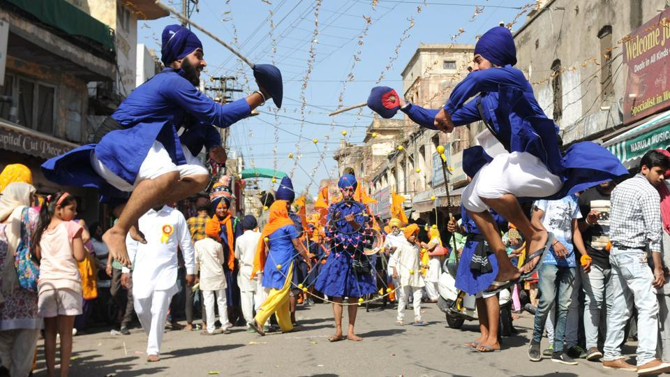 Gatka Players in action during Nagar Kirtan on the occasion of the Baisakhi festival celebrated in Patiala last year. (bharat bhushan/ht photo)