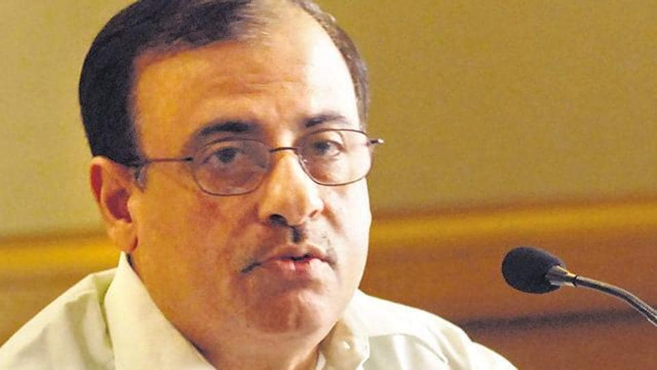 Civic chief Ajoy Mehta has written to railway authorities to deploy Railway Protection Force (RPF) personnel to prevent open defecation on the railway premises.