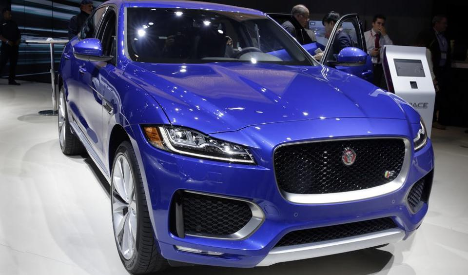 New York Auto Show: Jaguar F-Pace wins World Car of the ...