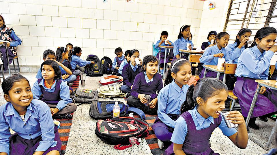 Delhi school,Delhi education,School goof-up