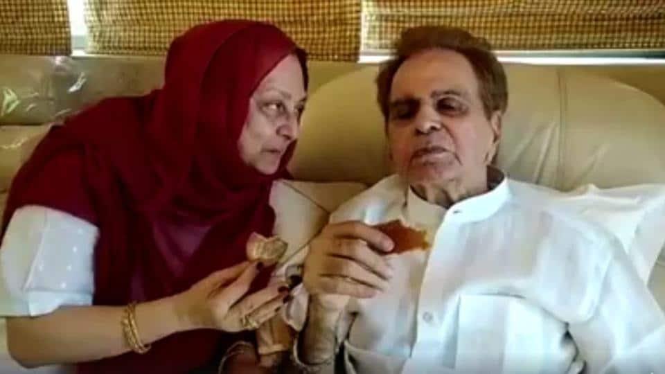 Saira Banu serves tea and biscuits to Dilip Kumar.