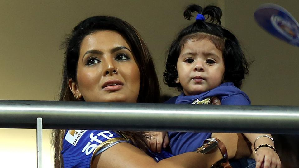 Geeta Basra was there with daughter Haniya to support Harbhajan Singh during Mumbai Indians' match against Sunrisers Hyderabad. (BCCI)