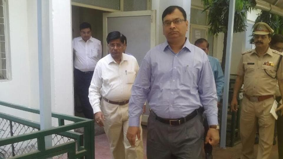 Assuming office on Thursday, Noida and Greater Noida authority's new chief executive officer, Amit Mohan Prasad (centre), directed the staff to stop corrupt practices and ensure the public is not harassed.