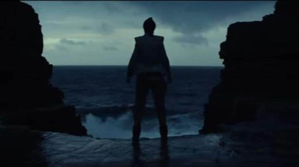 The trailer focuses on Rey being trained by Luke Skywalker.