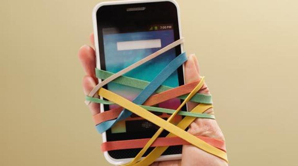 Smartphone,Smartphone Addiction,Addicts
