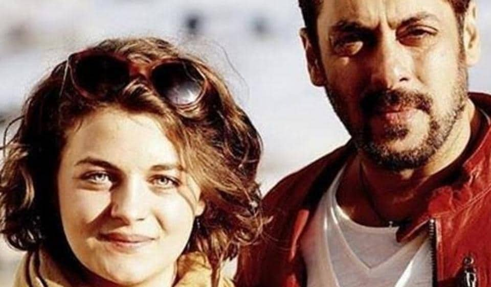 Austrian model actor Ronja Forcher poses with Salman Khan on the sets of Tiger Zind Hai.