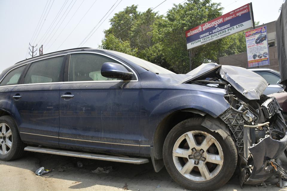 Audi,Ghaziabad,Audi crash