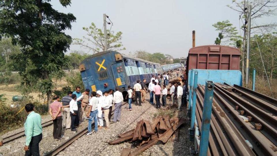 Train derailment,Indian Railways,Railway accident