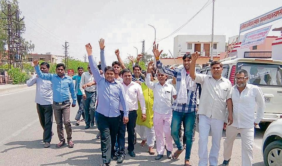 Dalits protest against BJP MLA Vijay Bansal in Bharatpur on Saturday.